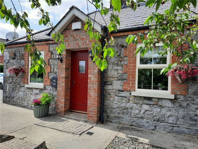 Main image for Cherrytree Cottage, Oberstown, Tara, Co Meath