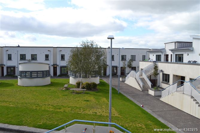 Apartment 91, 113, 121, 125 Station House, MacDonagh Junction