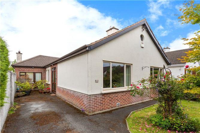 Main image for 33 Oakley Grove, Blackrock, Co. Dublin