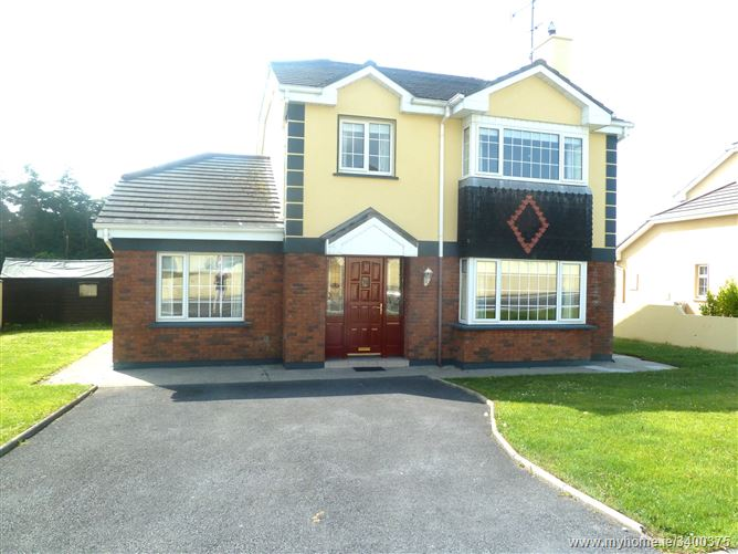 No. 33 The Oaks