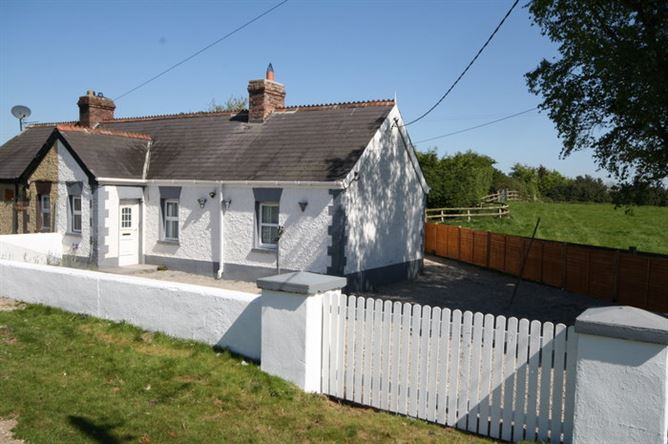 Eyre Cottage, Blackrath,, Curragh, Kildare
