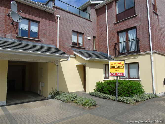 Photo of 10 Hansted Place, Lucan, Dublin