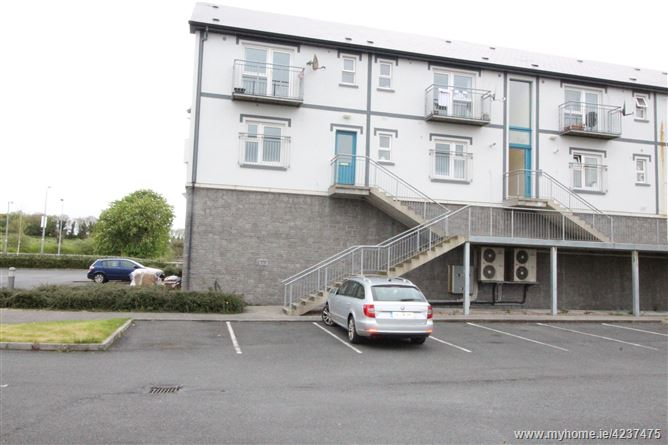Hawthorn Crescent, Carrick-on-Shannon, Roscommon
