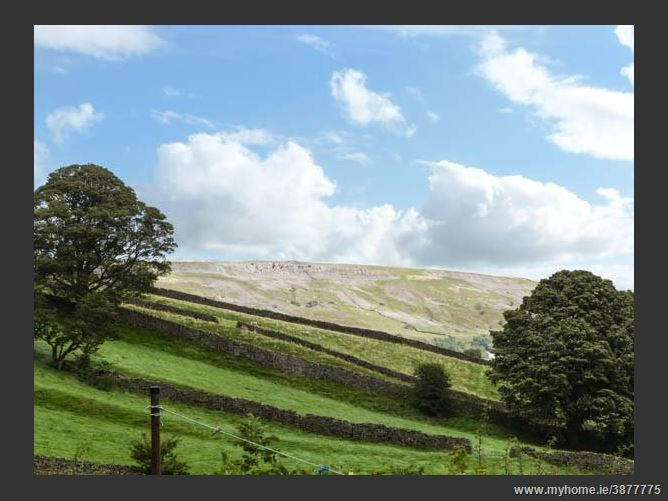 Main image for Sunnybrae East Cottage Family Cottage,Healaugh, North Yorkshire, United Kingdom