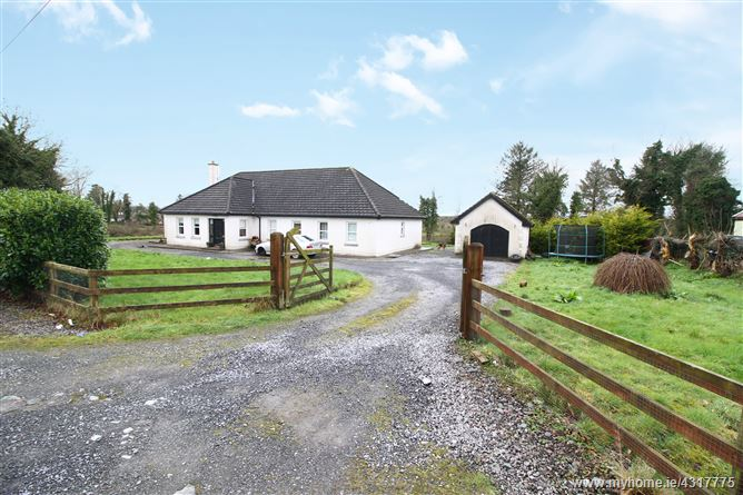 Briskil Cross, Newtownforbes, Co. Longford