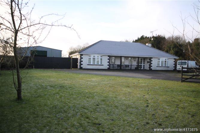 Mitchelstown, Castletown, Meath