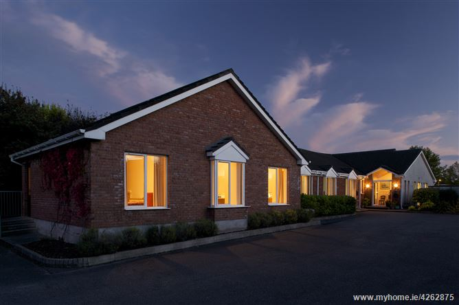 Glenwood House B&B, Carrigaline, Cork