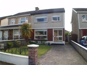 42 Hillcrest Walk, Lucan, Co. Dublin