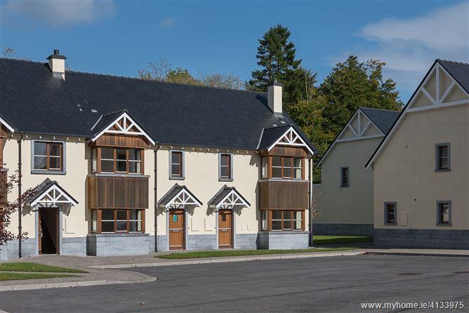 30 O'Carolan's Court, Ballyfarnon, Roscommon