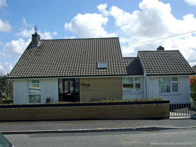 84 The Curragh,Castlebar, Co.Mayo, Castlebar, F23WN63, Mayo
