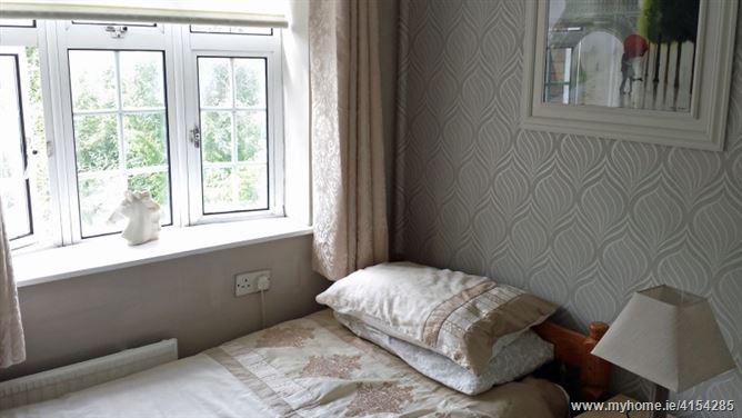 Comfortable home central Artane, Dublin