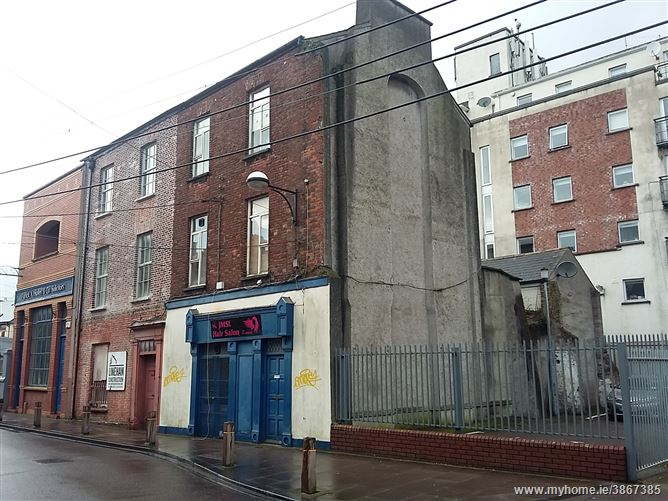 17 adelaide street city centre sth cork city irish. Black Bedroom Furniture Sets. Home Design Ideas
