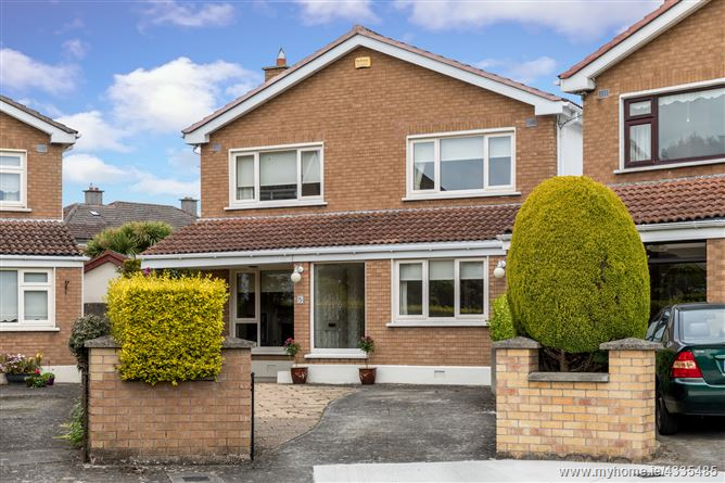 5 Woodlands Court , Portmarnock, County Dublin