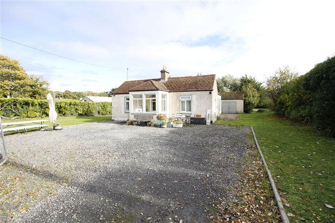 Main image for Longshore Cottage, Burrow Road, Portrane , Donabate, County Dublin