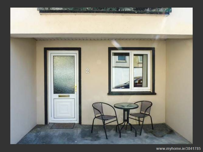 2 The Mews, LAHINCH, COUNTY CLARE, Rep. of Ireland