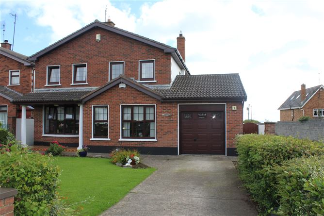 1 Clifflands Court, Rush, County Dublin