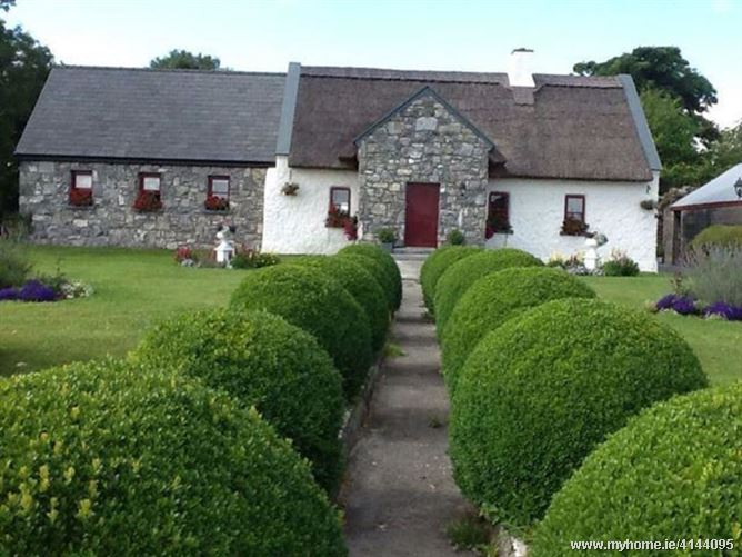Thatched cottage  B&B, Co. Galway