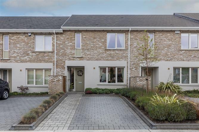 Main image for 6 Rathborne Walk, Royal Canal, Ashtown, Dublin 15, D15 RPK1.