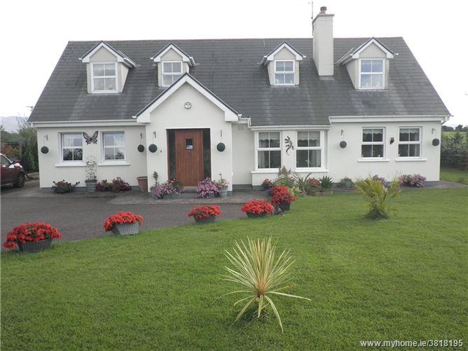 White Dove, Knockreagh, Milltown, Co Kerry