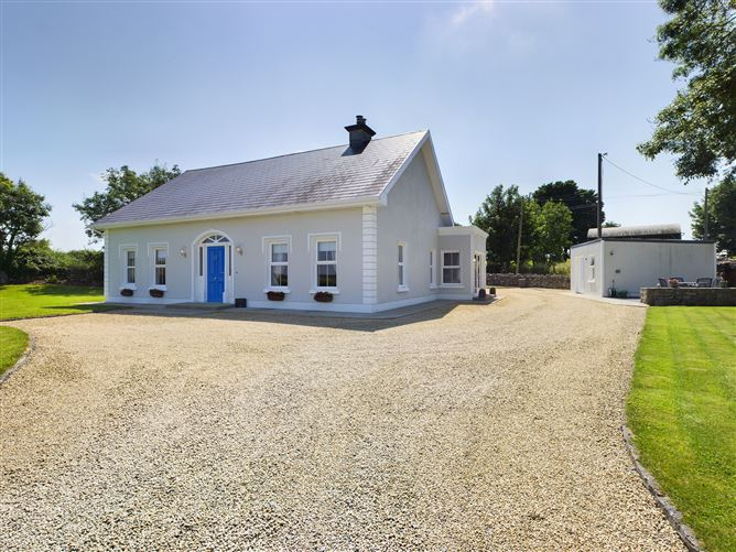 Main image for Ballinderry, , Four Mile House, Roscommon