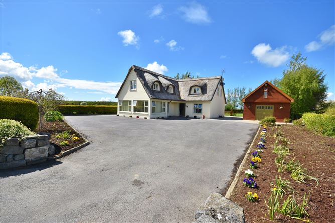 Main image for The Thatch House,Coolagown, Listowel, Kerry, V31FV04