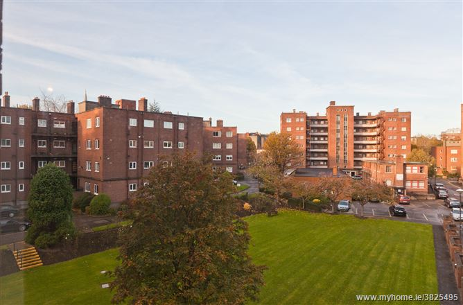 25 Rowan House, Ballsbridge, Dublin 4