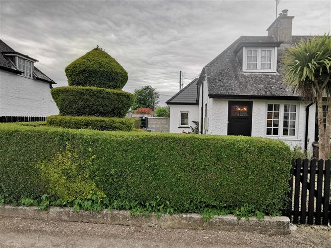 Barkman's Cottage, The Cottages, Rathkeale Road, Adare, Limerick