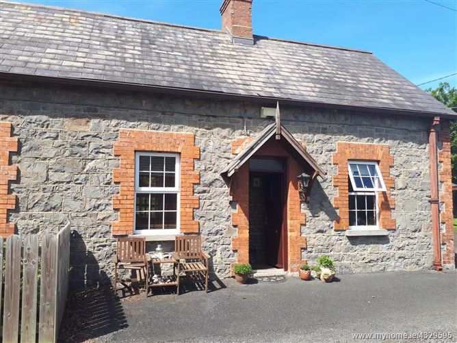 Clarkestown Lane, Beaulieu, Termonfeckin, Louth