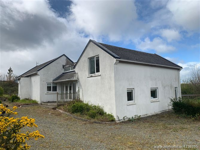 Main image for Kestrel Lodge, Saltmills, Campile, Wexford