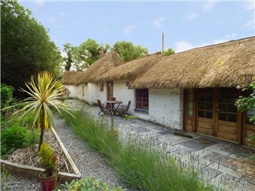 Photo of The Thatch Cottage,The Thatch Cottage, Kilglass, Legan, Longford, Longford, Ireland