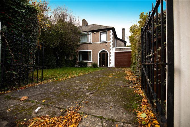 Main image for 31 Dollymount Avenue, Clontarf, Dublin 3