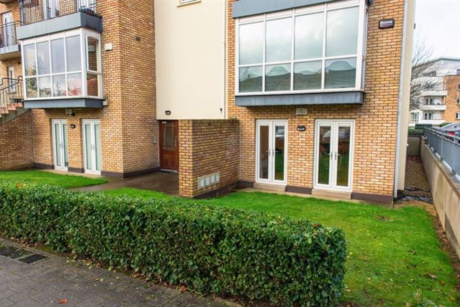 124 Erris Square, Waterville, Blanchardstown, Dublin 15. D15 DD54
