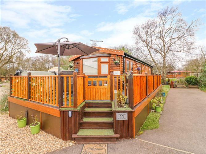 Main image for Parkview Lodge, TATTERSHALL LAKES COUNTRY PARK, United Kingdom