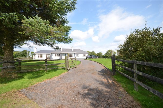 Main image for Foxmeadow House Stud Farm, Killeen, Mullinavat, Mullinavat, Kilkenny