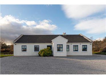 Property image of Inchaloughra Lodge ,Inchaloughra, Aughacasla, Dingle Peninsula, County Kerry V92C1F3