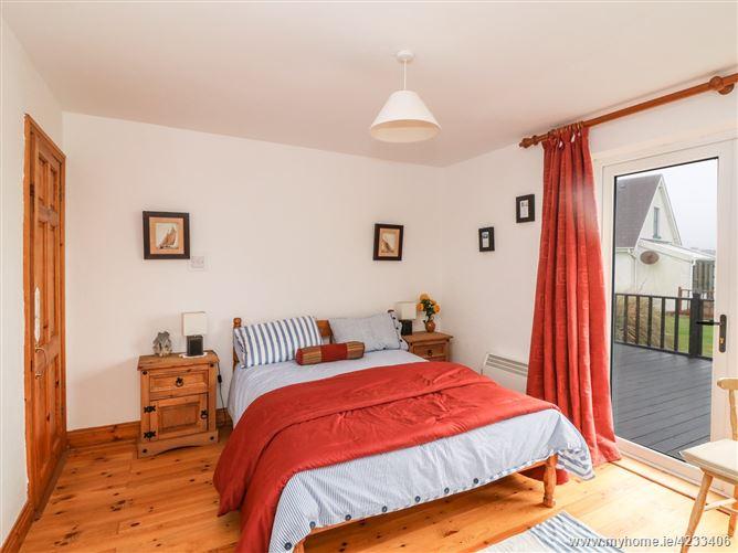 Main image for Driftwood Cottage,Driftwood Cottage, 11 Sandeel Bay Cottages, Hookless Village, Fethard on Sea,  Wexford, Y34 TV26, Ireland
