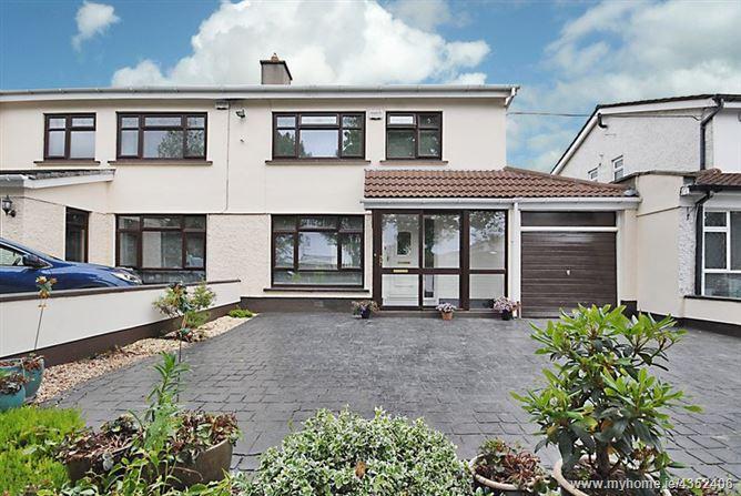 Main image for 6 Glenville Court, Castleknock, Dublin 15 D15 Y65H