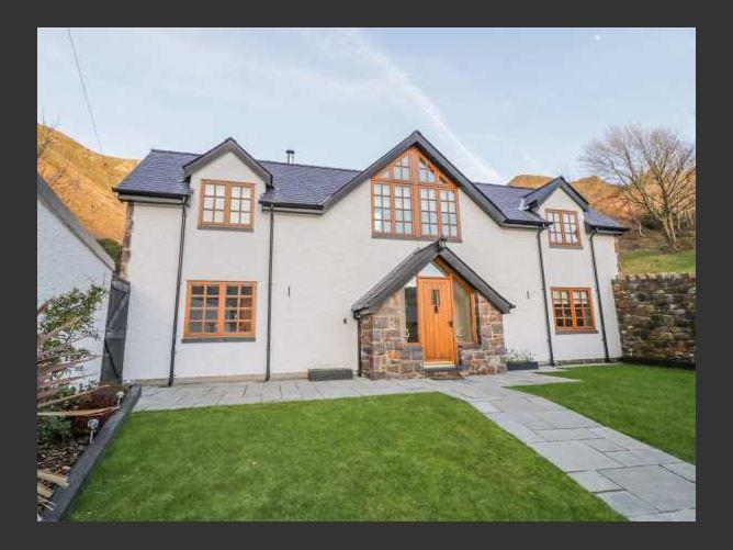 Main image for Bwthyn Carregwen, DWYGYFYLCHI, Wales