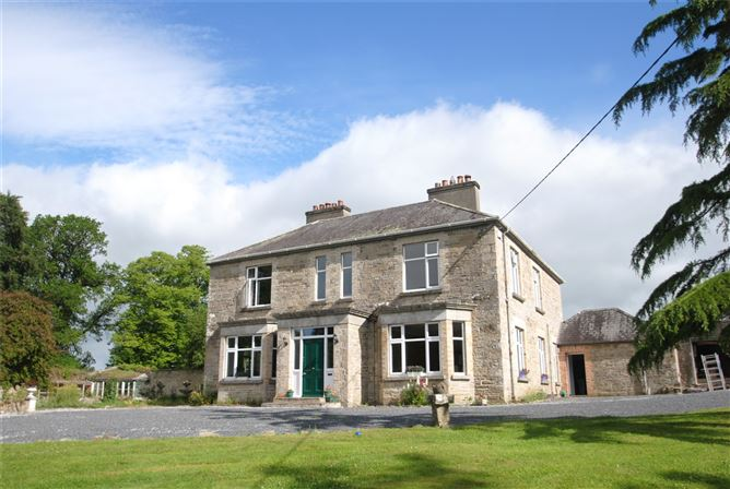 Main image for Old Castle Hse & approx. 4.96 acres,Dungar,Roscrea,Co Tipperary,E53 WT22