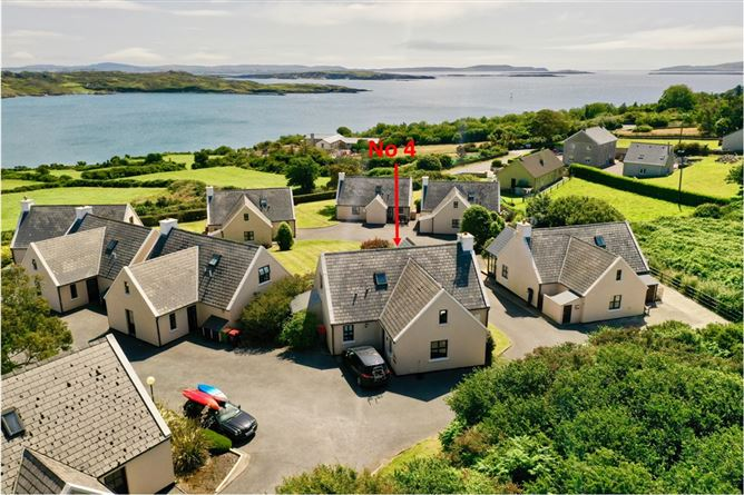 Robins Nest, No 4 Schull Holiday Cottages, Colla Road
