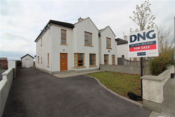 Main image for 108 Knocknalyre, Ballina, Mayo