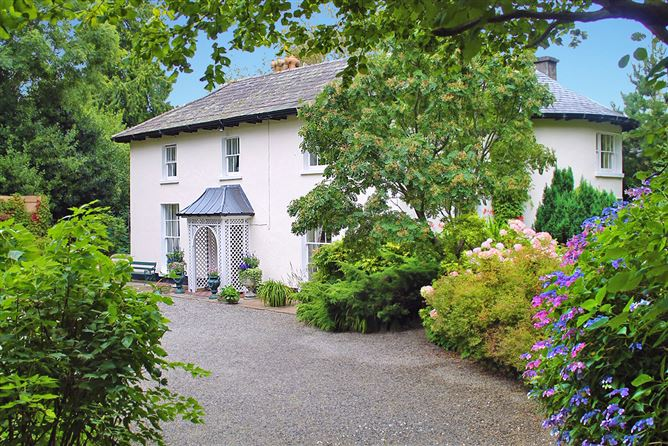Enniskerry Lodge, Church Hill, Enniskerry, Wicklow