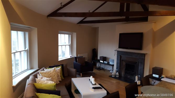 1 Lincoln Place OFF Merrion Square Dublin 2