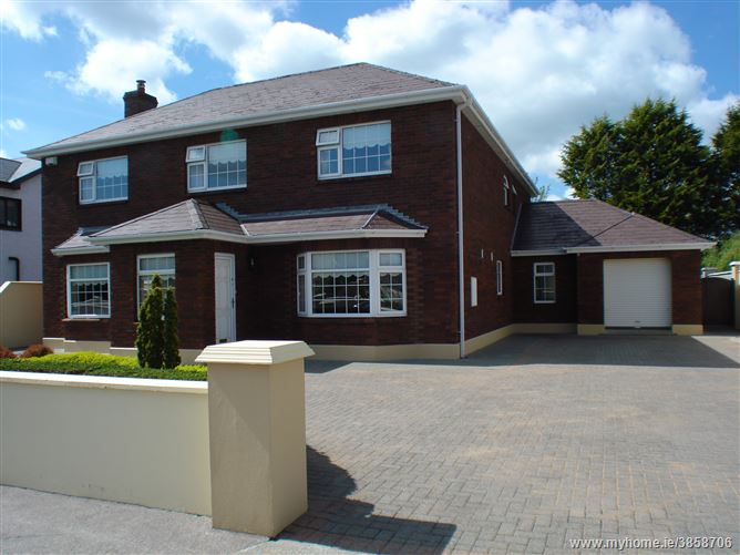 3 College Lawn, Listowel, Kerry