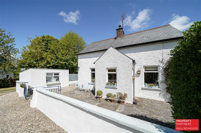 Main image for Lower Ballylawn, Manorcunningham, Donegal, F92E7P1