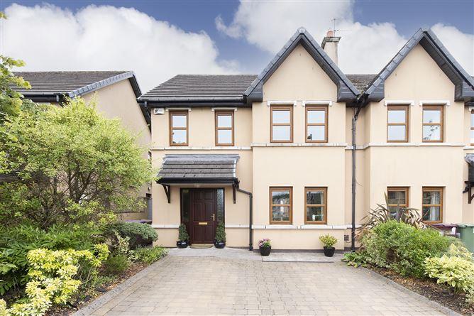 Main image for 19 Monfield, Garryduff, Rochestown, Cork