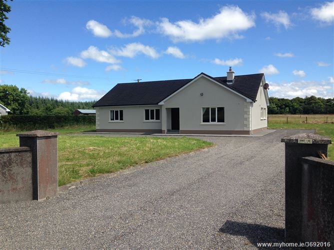 House with Option to Purchase  Stables and 9 Acres ,Emlagh, Castleplunkett, Roscommon