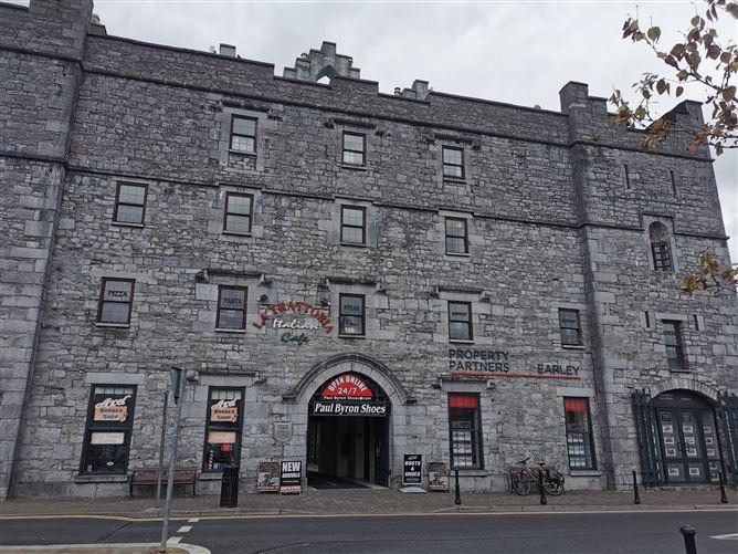 Main image for 23 Stonecourt, The Square, Roscommon, Roscommon
