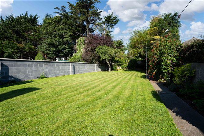 Main image for 46 Parkmore Drive, Terenure,   Dublin 6W