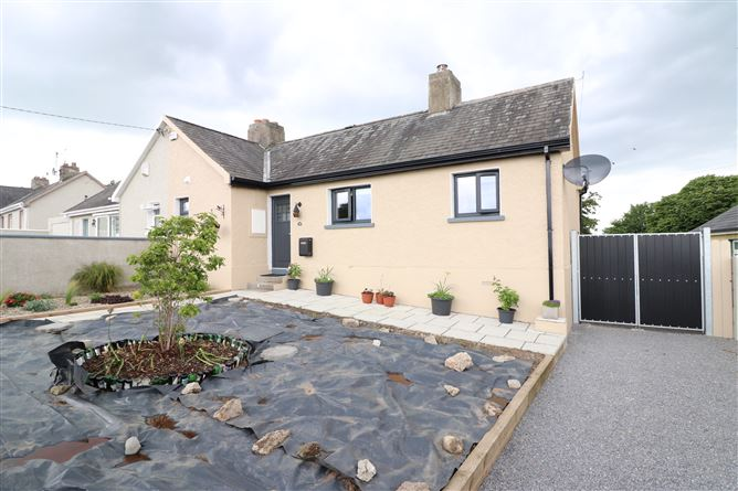 24 St. Senan's Terrace, Croom, Limerick